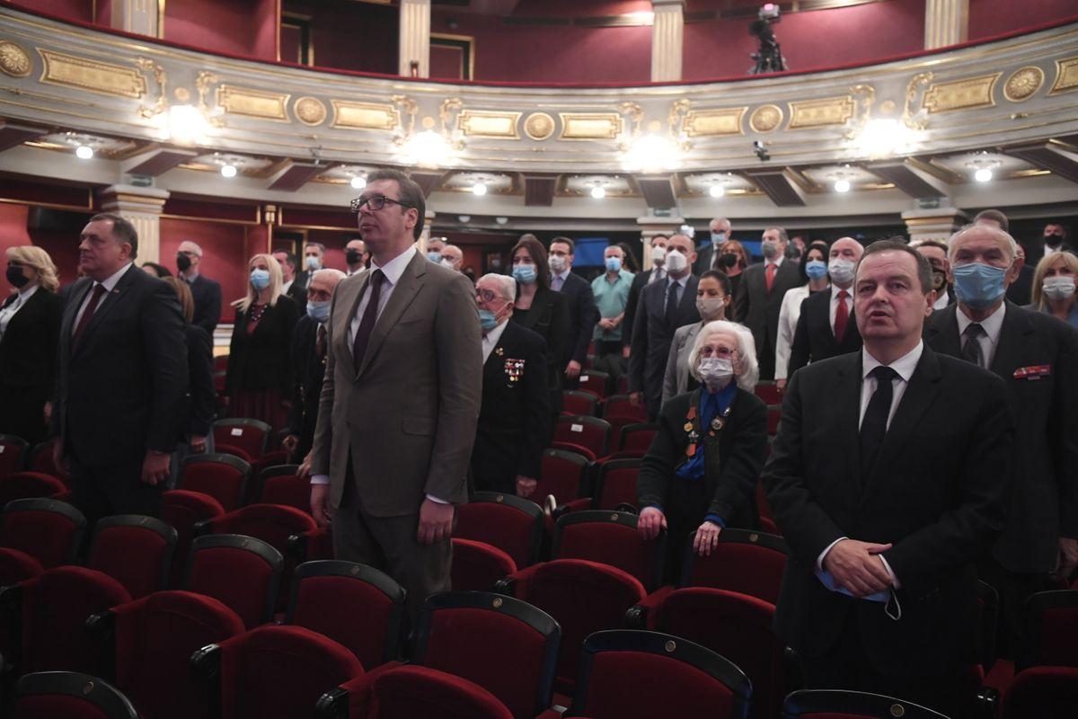 Predsednik Vučić prisustvovao obeležavanju Dana pobede