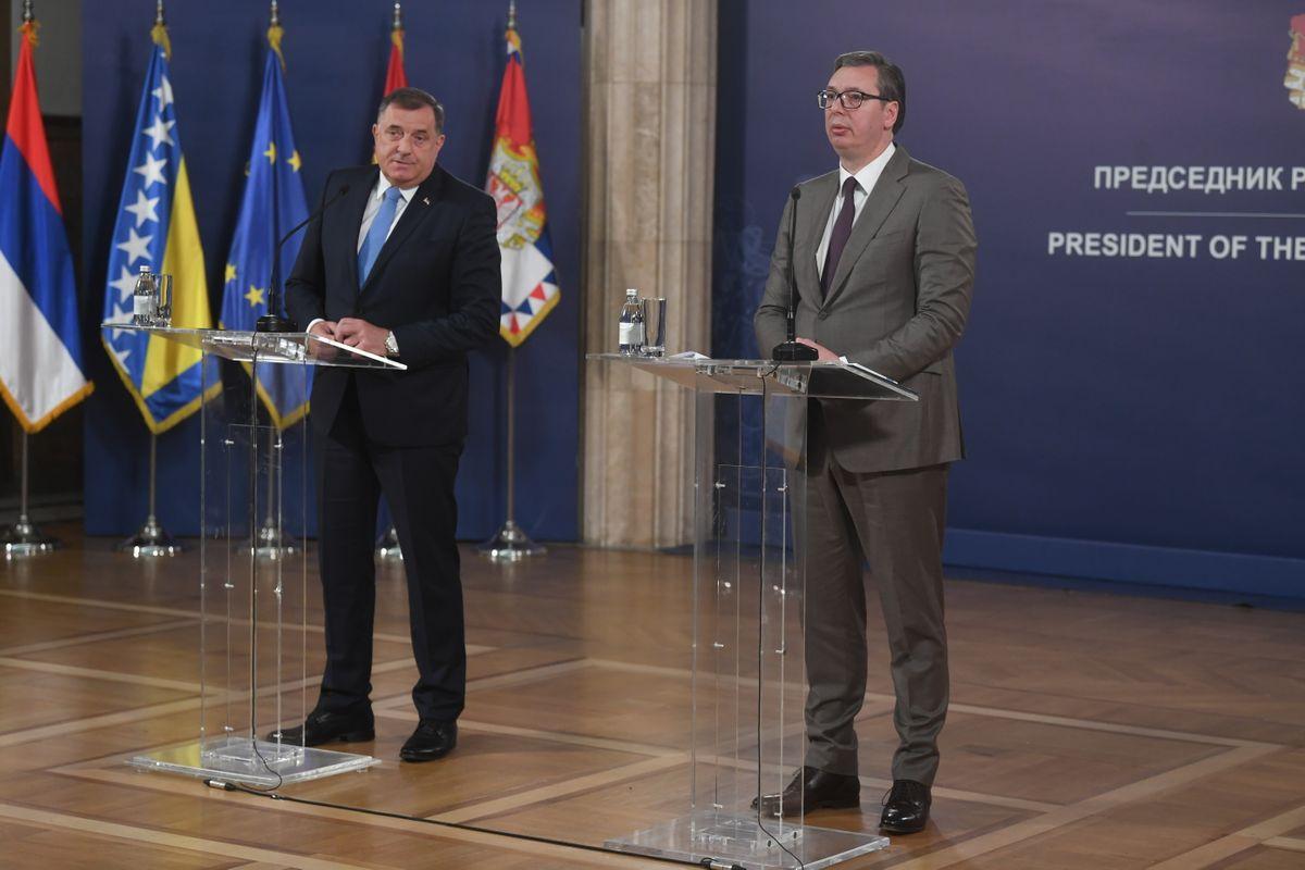 Predsednik Vučić sastao se sa delegacijom Republike Srpske
