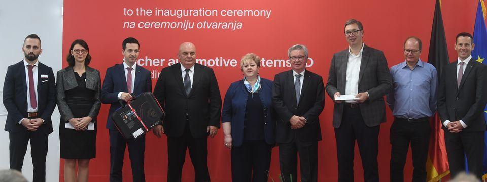 """Predsednik Vučić prisustvovao svečanom otvaranju fabrike """"Fischer automotive systems"""""""