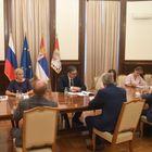 Председник Вучић састао се са  Јевгенијем Примаковом