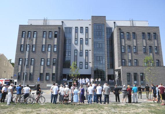 Председник Вучић присуствоваo отварању Здравствене станице Борча