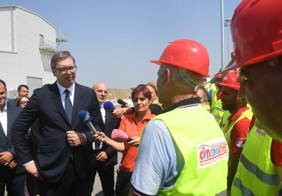 Predsednik Vučić obišao radove na izgradnji kompresorske stanice Velika Plana