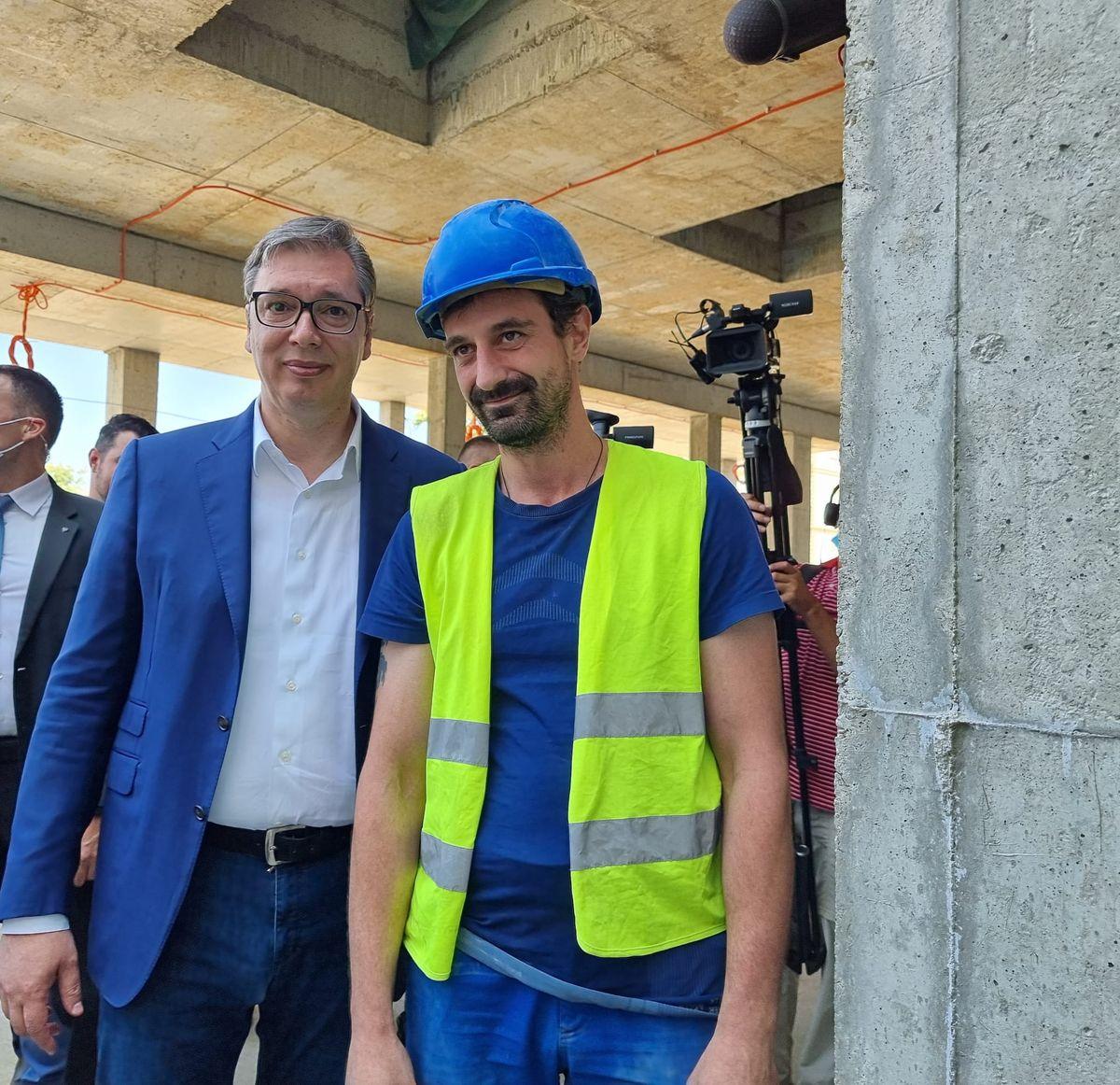 Председник Вучић обишао завршне радове на реконструкцији и изградњи КЦС