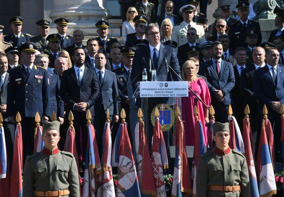Председник Вучић присуствовао свечаности поводом промоције најмлађих официра Војске Србије