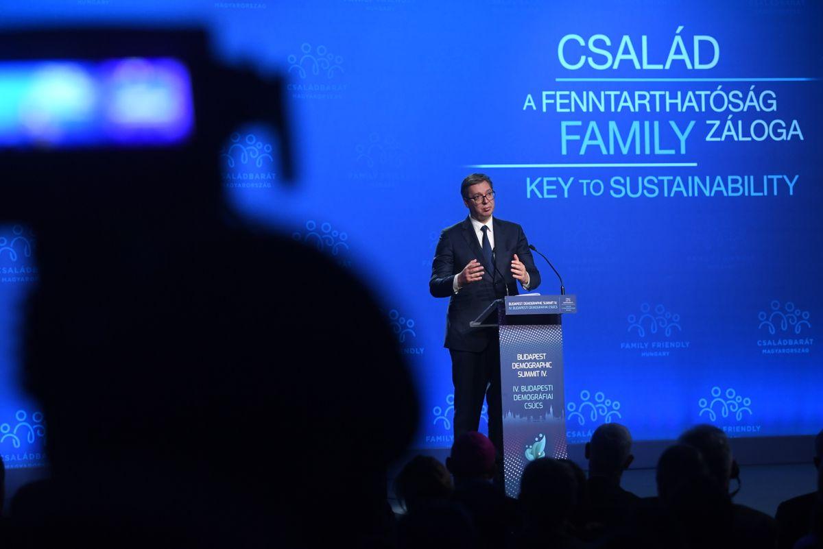 Predsednik Vučić na Četvrtom demografskom samitu u Budimpešti